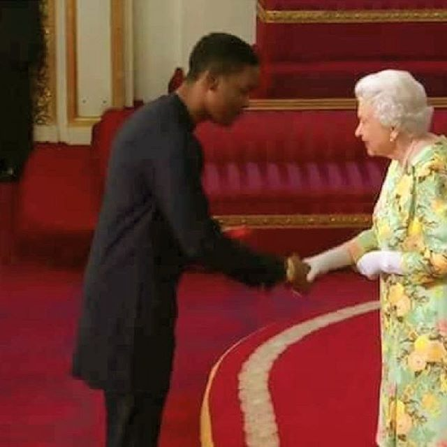 You are currently viewing Three Nigerians Receive Queen Elizabeth's Young Leaders Award