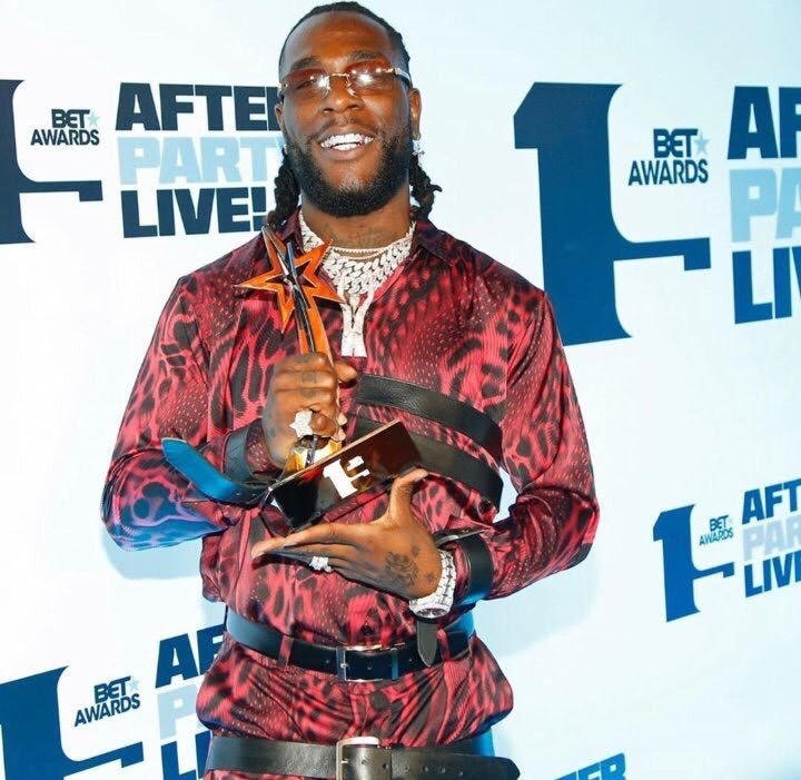Read more about the article BURNA BOY WINS BEST INTERNATIONAL ACT AT BET AWARDS 2019