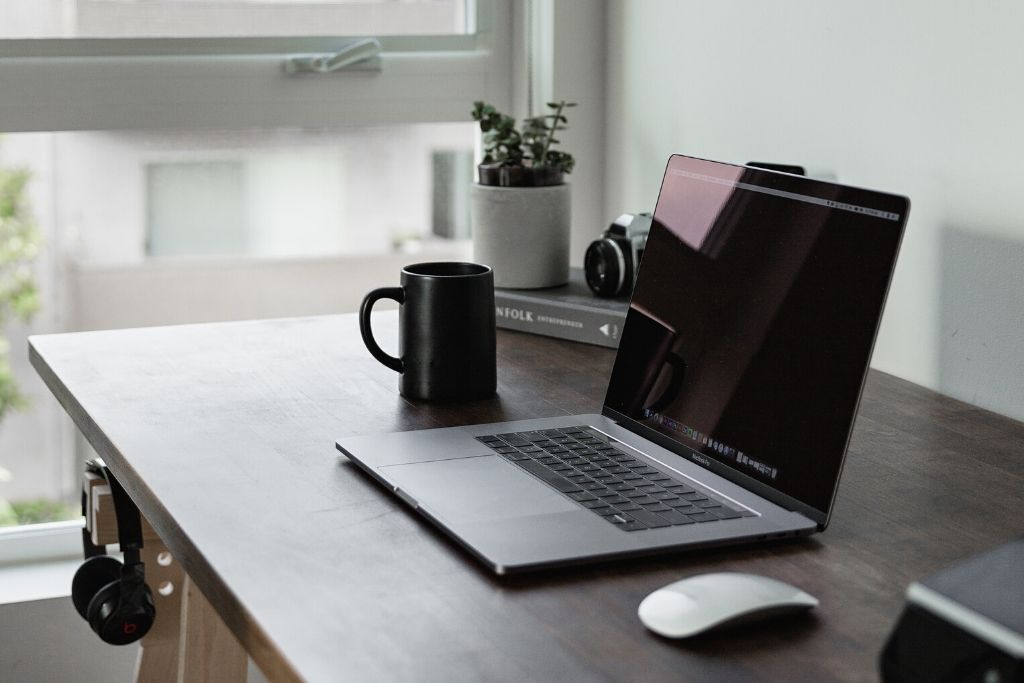 Read more about the article Tips For Productive Working From Home