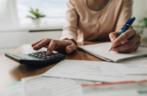Read more about the article How To Budget On An Unstable Income