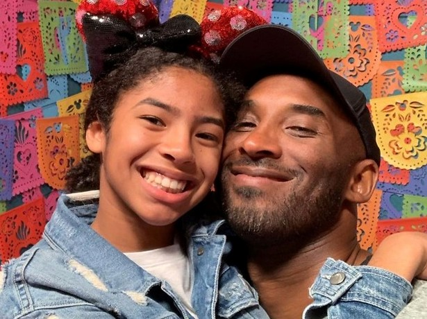 Read more about the article Family, Friends, Celebrities & Fans Pay Tribute To Kobe And Gianna Bryant On Their First Year Remembrance