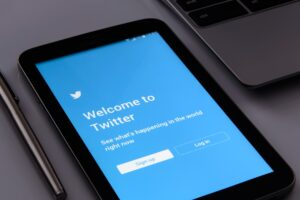 Read more about the article Twitter now in compliance with India's new IT rules, government says